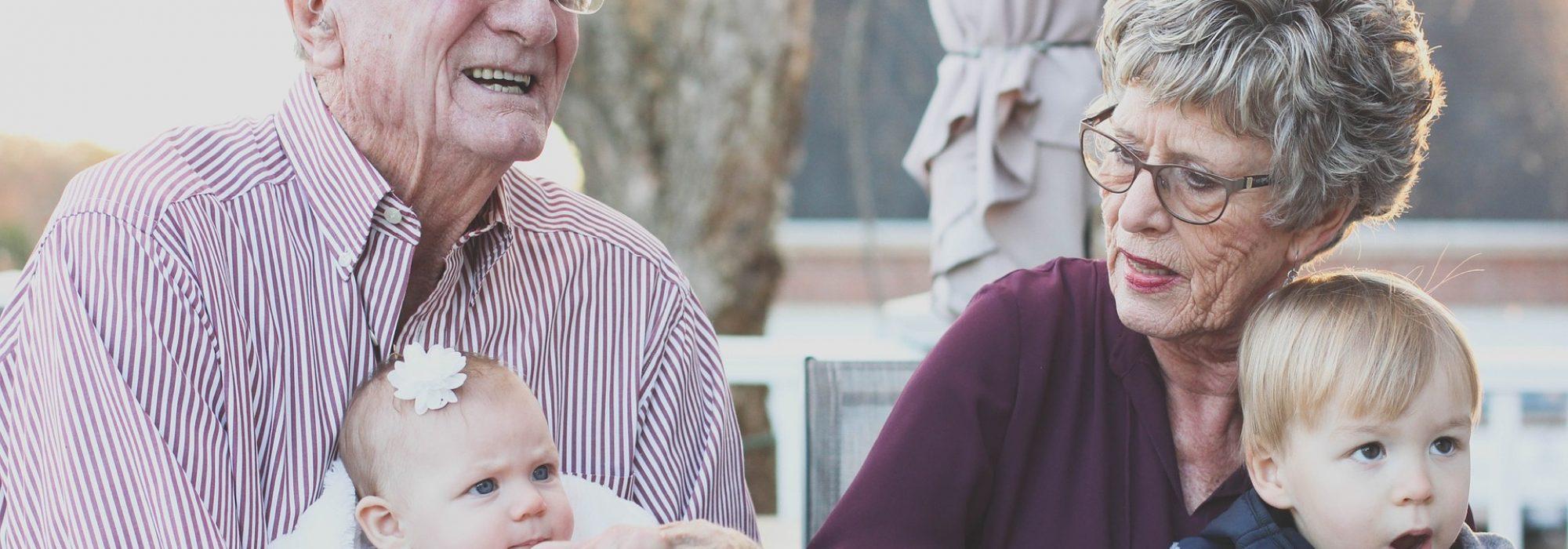 grandparents-1969824_1920